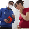 Cara Mengatasi dan Mencegah Sakit Tenggorokan saat Hamil
