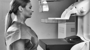 ตรวจเต้านมด้วยแมมโมแกรม (Mammogram)