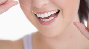 ไหมขัดฟันคืออะไรและใช้อย่างไร