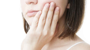 ฟันโยก อันตรายไหม รับมือยังไงดี ?