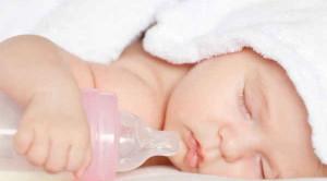 จุกนมทารก เลือกให้ถูก ทำความสะอาดให้เป็น