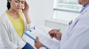 Kajian Etik dan Medikolegal Mengenai Menolak Pasien