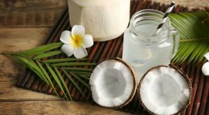 น้ำมะพร้าว สดชื่นดับกระหาย กับหลากหลายคุณประโยชน์