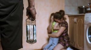 ความรุนแรงในครอบครัว วิธีรับมือและช่วยเหลือให้เหยื่อปลอดภัย