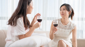 Alkohol Meningkatkan Risiko Kanker Payudara