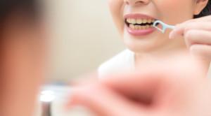 คราบหินปูน วายร้ายทำลายฟัน กับวิธีป้องกันที่ได้ผล