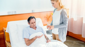 Cara Meningkatkan Kepatuhan Pasien Tuberkulosis Paru – Telaah Jurnal Alomedika