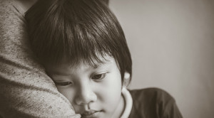 PTSD หลังเด็กประสบเหตุการณ์ร้ายแรง พ่อแม่ควรดูแลอย่างไร