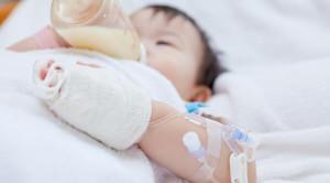 Pemilihan Formula Tinggi Kalori untuk Bayi dengan Penyakit Kronis yang Dirawat di Rumah Sakit