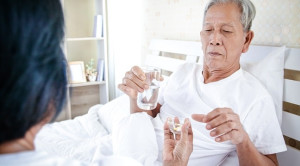 Efikasi Clopidogrel vs Ticagrelor untuk Sindrom Koroner Akut - Telaah Jurnal