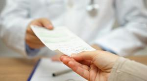 Berbagai Pertimbangan Khusus dalam Peresepan Obat Antiinflamasi Nonsteroid