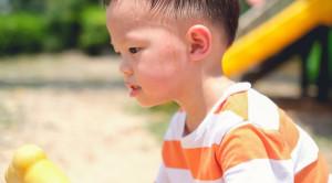 อาการเพลียแดดในเด็ก พ่อแม่ควรรับมืออย่างไร