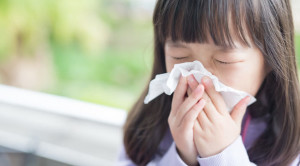 Perbedaan Gejala Flu pada Anak dengan COVID-19