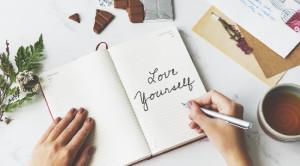 เริ่มต้นรักตัวเอง ทำอย่างไรให้ใจเป็นสุข
