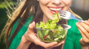 5 อาหารผิว เคล็ดลับฟื้นฟูสุขภาพผิวจากภายในสู่ภายนอก