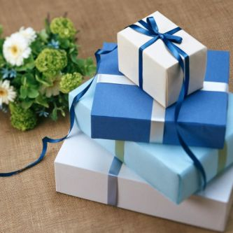 Gift Delivery online from local stores at home delivery service near me