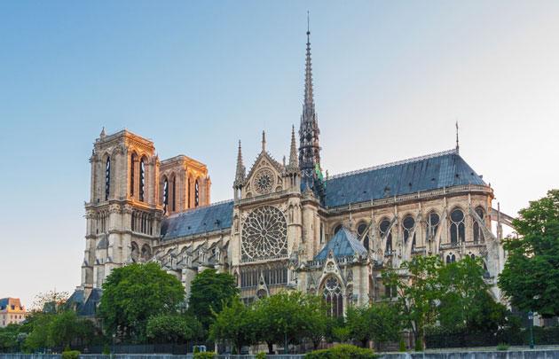Notre-Dame de Paris construction