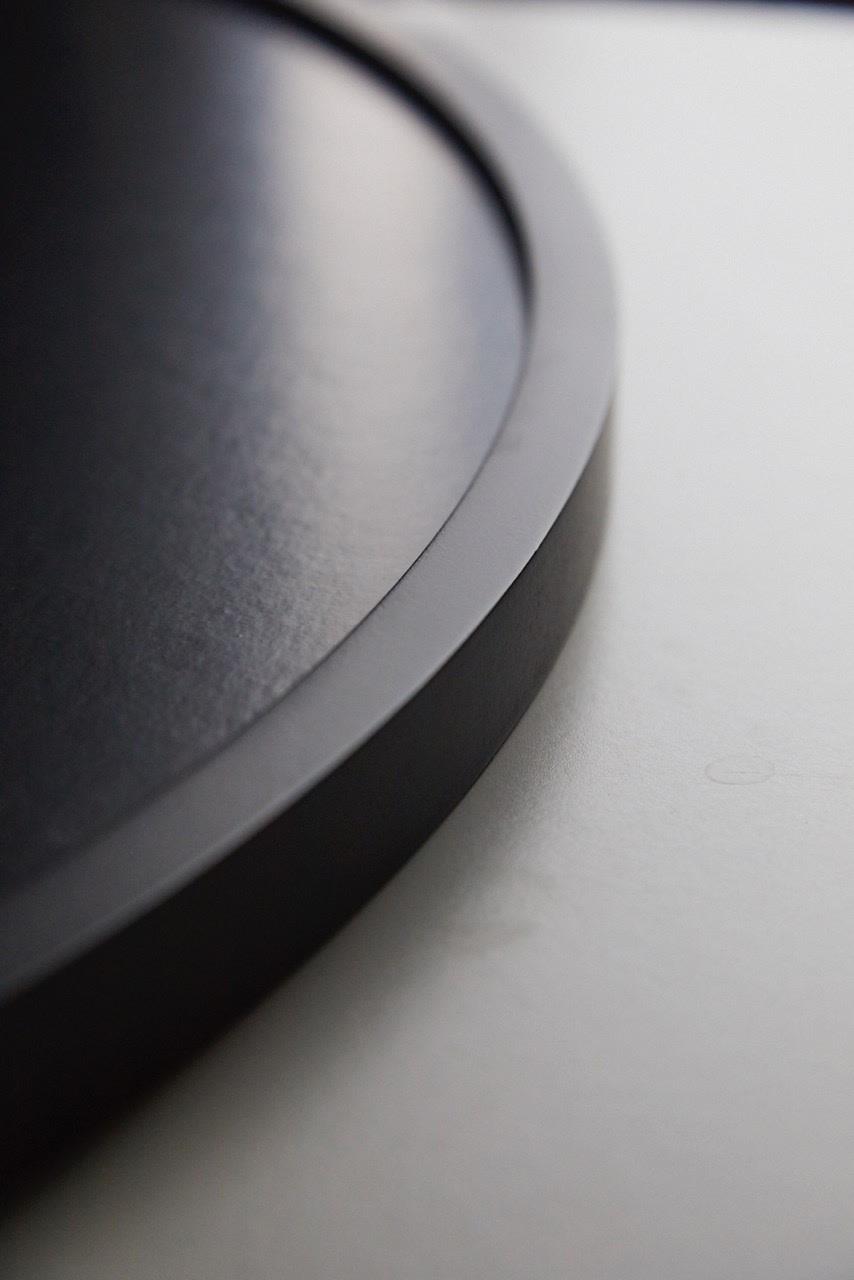 Kristin Circular Frame Detail