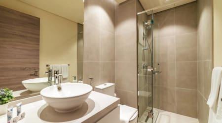 2BR Dubai Marina Lakeview Apartment
