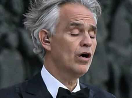 Оперный певец Андреа Бочелли признался, что «тихо» переболел коронавирусом в марте