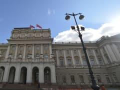 Увеличение сроков ярмарок и расширение льгот в транспорте: в Петербурге пройдет заседание ЗакСа