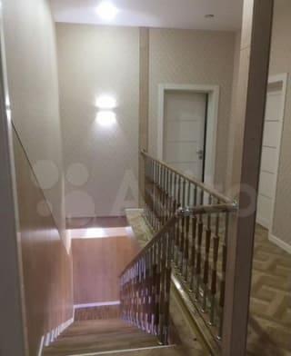 Дом 300 м² на участке 8 сот.