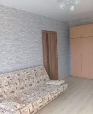 Комната 17 м² в 4-к, 1/2 эт.