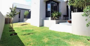 An exceptional contemporary house situated in sought-after, award winning The Rest Estate where residents enjoy a scenic network of biking and hiking trails. Bright and airy with top-of-the range fittings and elegant natural finishes, this spacious family home is on the market for R5.95 /million