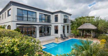 Bel'Aire Winelands Estate home