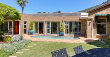 Hout Bay home, Cape Waterfront Estates