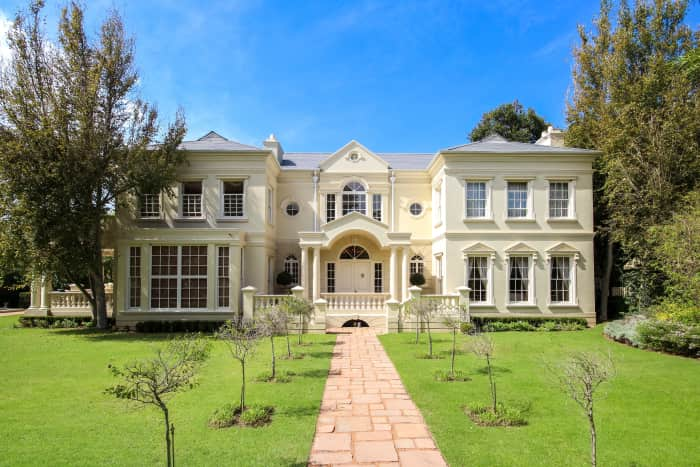 Ct s southern suburbs old versus new property wheel for Southern estate homes