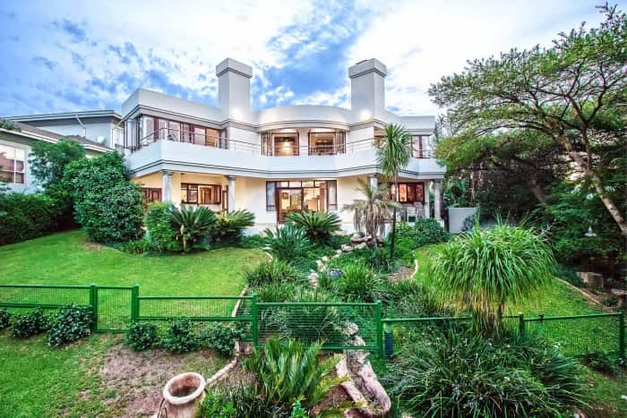 The Woodhill Residential Estate & Country Club, Seeff