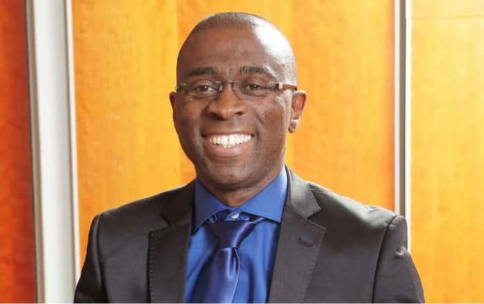 Andile Mnguni.