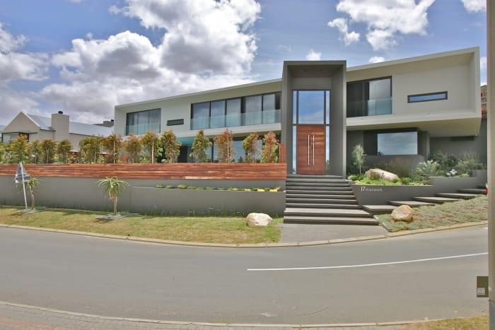 Baronetcy Estate, Pam Golding Properties