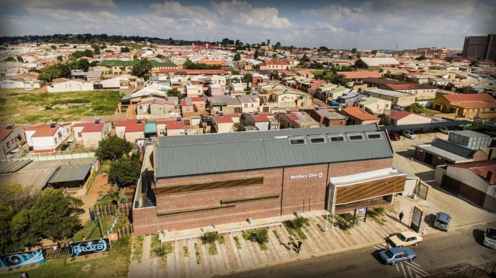 The successful Westbury Clinic which has won first prize in the Health Completed Buildings at the Berlin World Architecture Festival in November 2017. (Photo credit: Ntsika Architects, Michael Schmucker and Ryan Leukis).