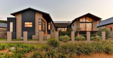 Modderfontein designer home Lew Geffen