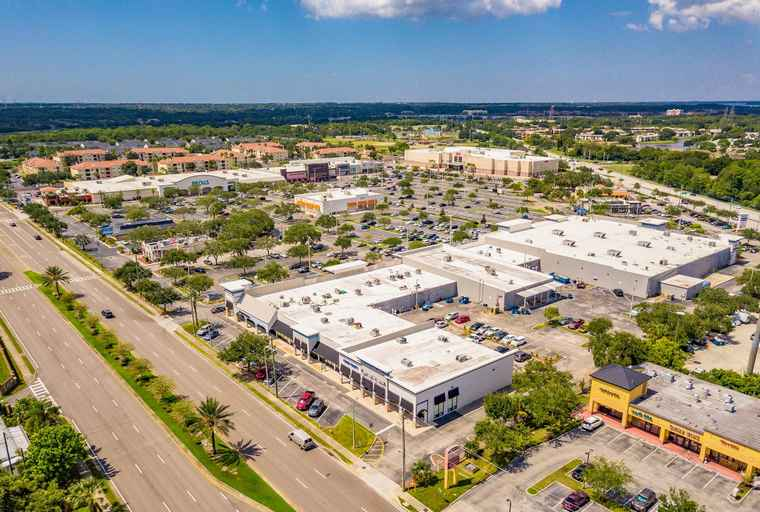 Emira's new USA shopping centre - Woodlands Square in Tampa, Florida.