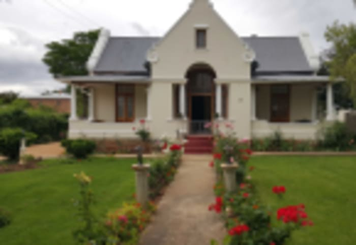 Victorian homestead, Ladismith, Seeff