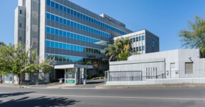 Paarl Building, Nedbank / Quoin Online