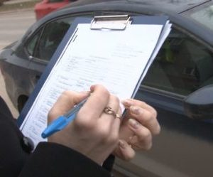 Проверить ограничения у судебных приставов на водительское удостоверение
