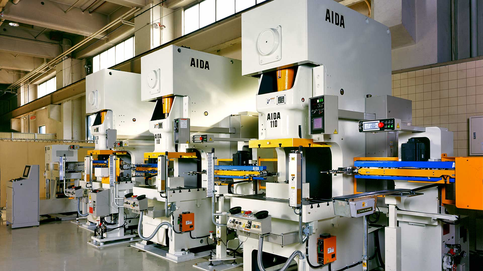 NC1-1100, 110 Ton Gap Press Tandem Line with AIDA A-8II Transfer Robots