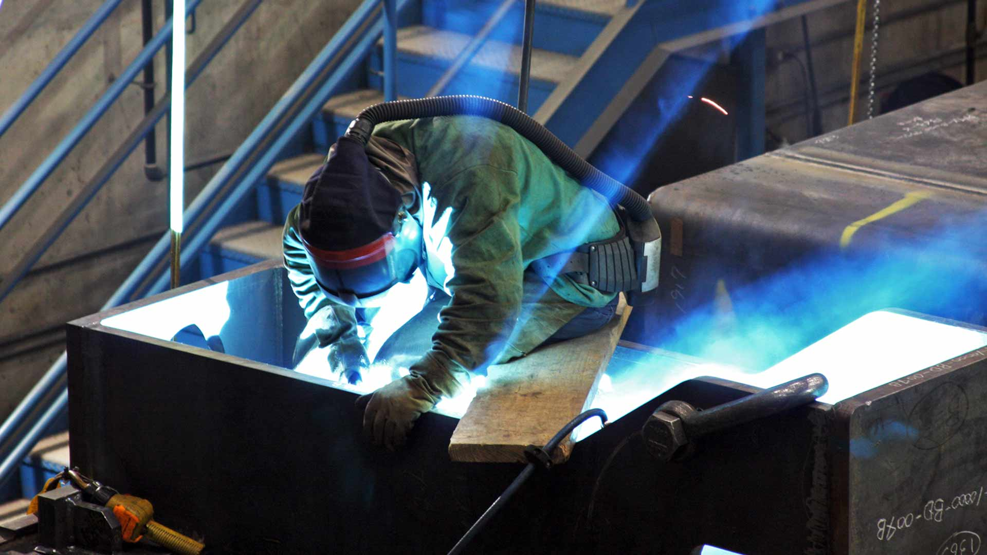 In-House Welding, Large Capacity Fabrication & Welding Facility