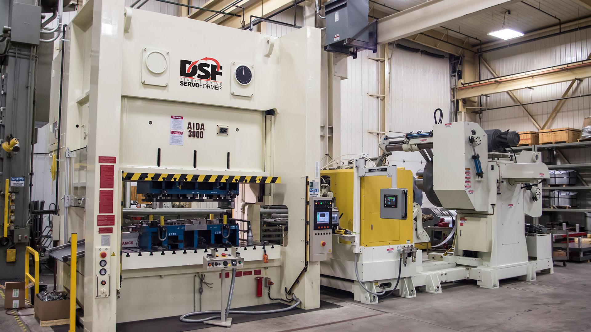DSF-N2-3000, 300 Ton Servo Press