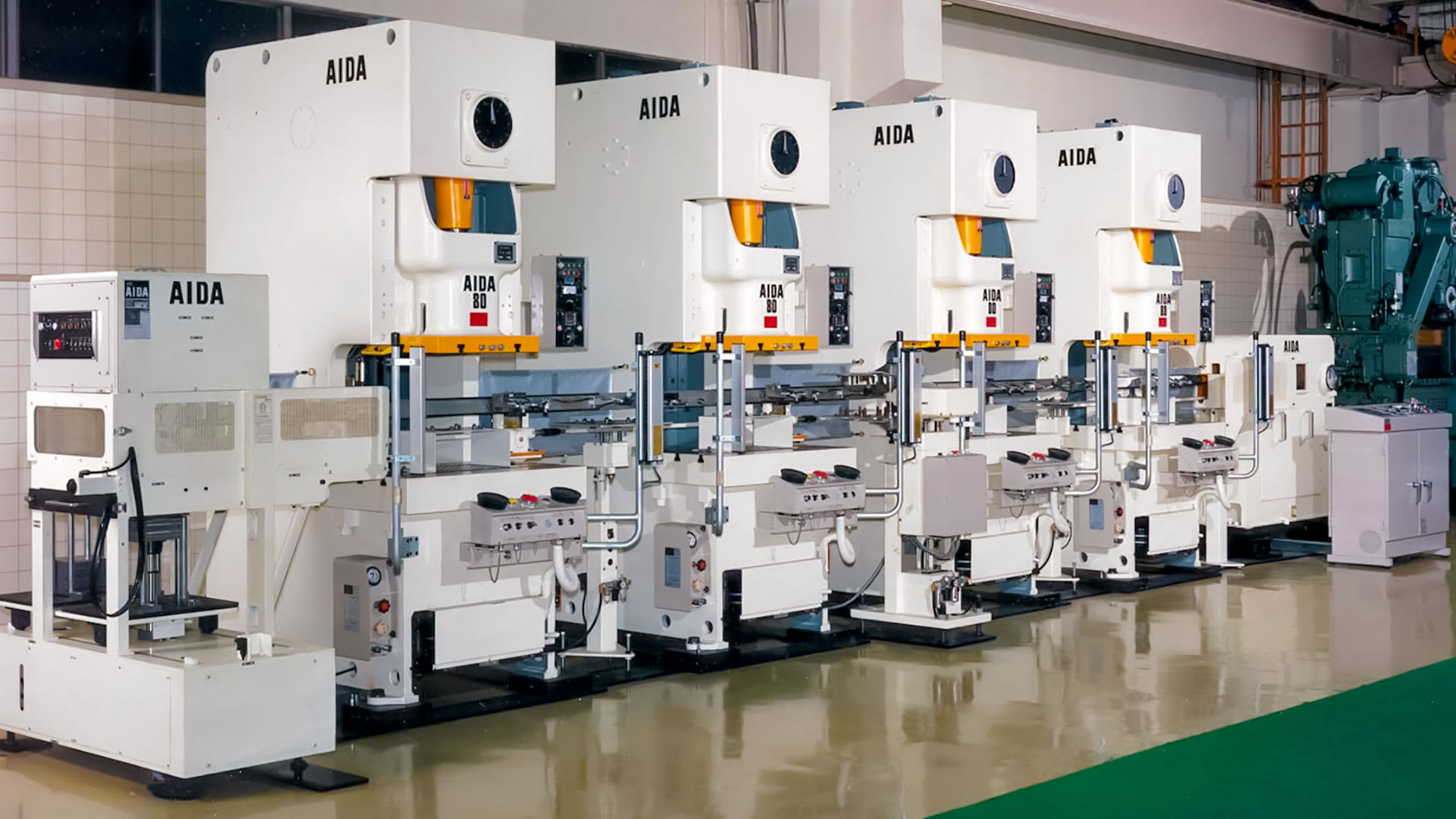 AIDA Gap Frame Stamping Press Tandem Line with Metalforming Automation System