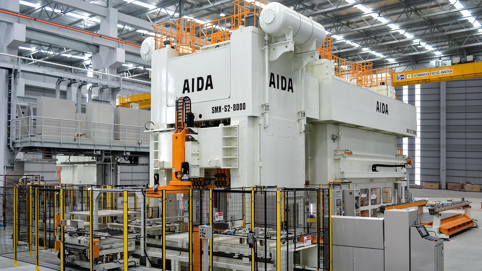 SMX-8000, 800 Ton SMX & 1,500 Ton TMX Transfer Press Line