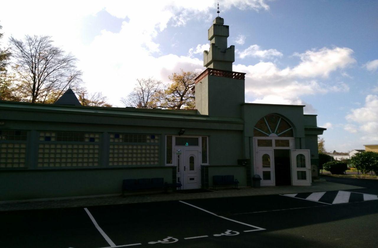مسجد النور - Grand-Charmont