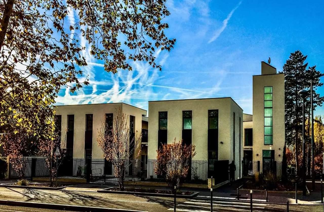 مسجد التوبة - Lyon