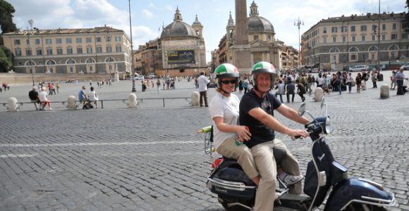 Roma: noleggio Vespa Primavera per 24 ore