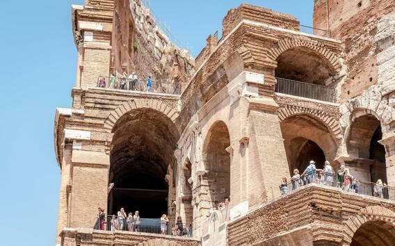 Colosseo, Foro Romano e Navona: tour privato prioritario