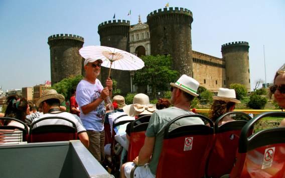 Neapel: 24-h-Ticket für die Hop-On/Hop-Off-Bustour